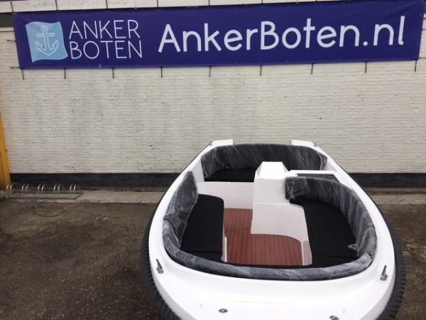 ANKER 555 RETRO RS